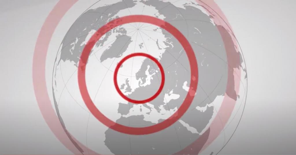 Illustration av en jordglob med Sverige i mitten och runda cirklar som symboliserar hur SKA-rådets arbete ger resultat i Sverige, Europa och globalt.